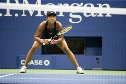 Naomi Osaka vence Madison Keys e vai defrontar Serena Williams na final do US Open
